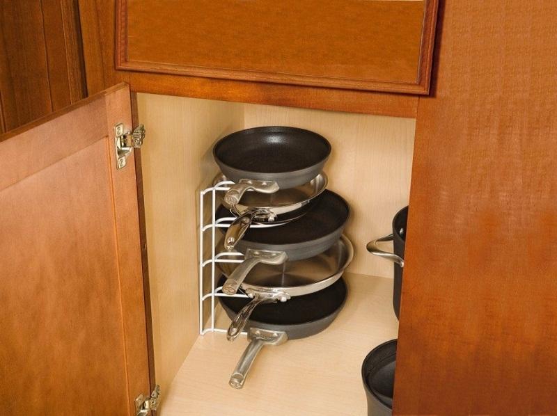 top storing pans